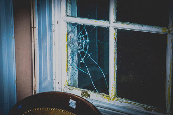 CHW Wymering broken window